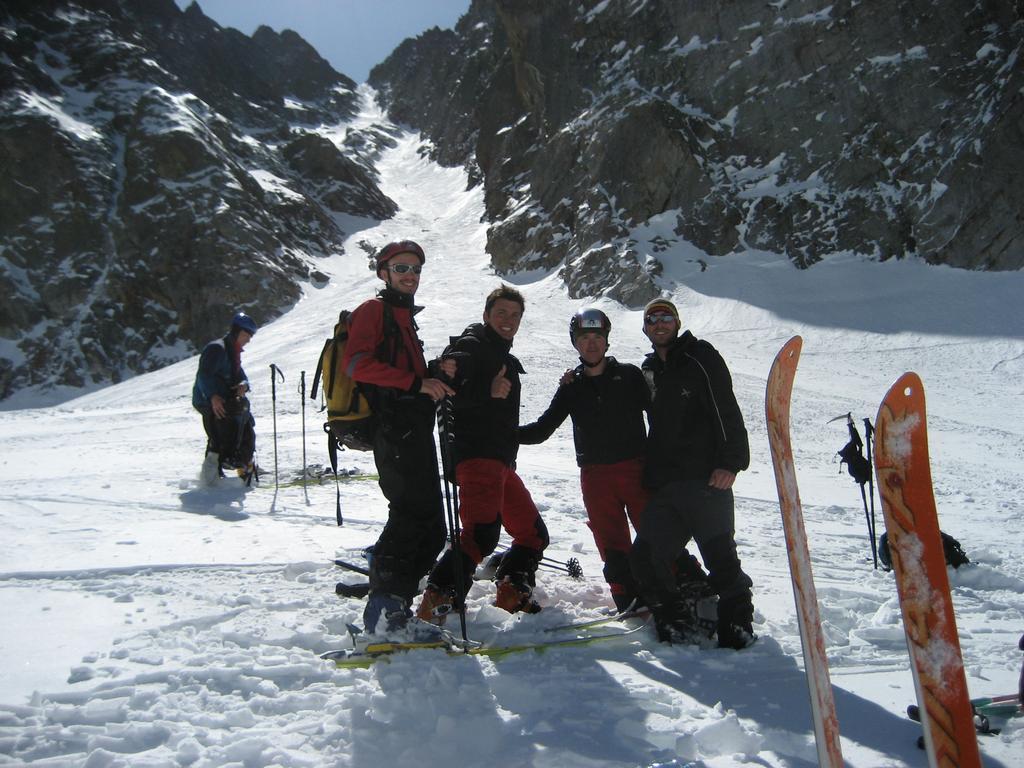 Foto doverosa del gruppo dopo la conquista: Mauro, io, il ninjo, e Luca