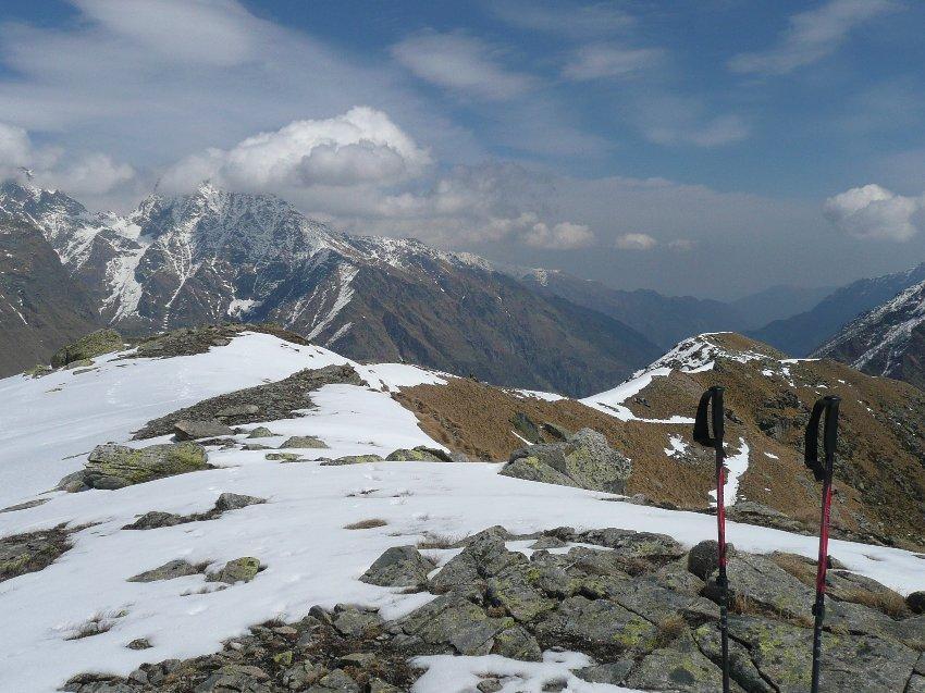 La cresta dagli alpeggi alla Merola.