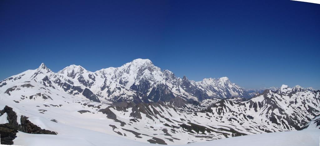 Panoramica sul Bianco dalla vetta