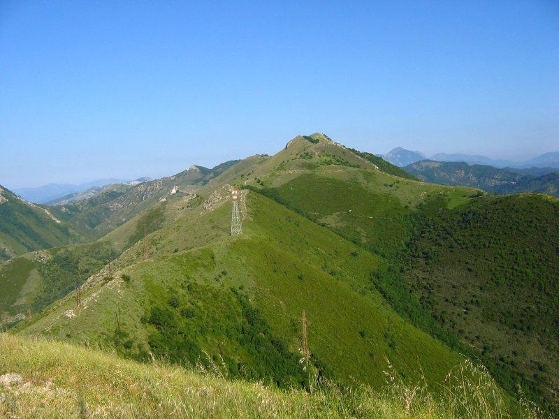 La cresta con il Monte Acuto sullo sfondo