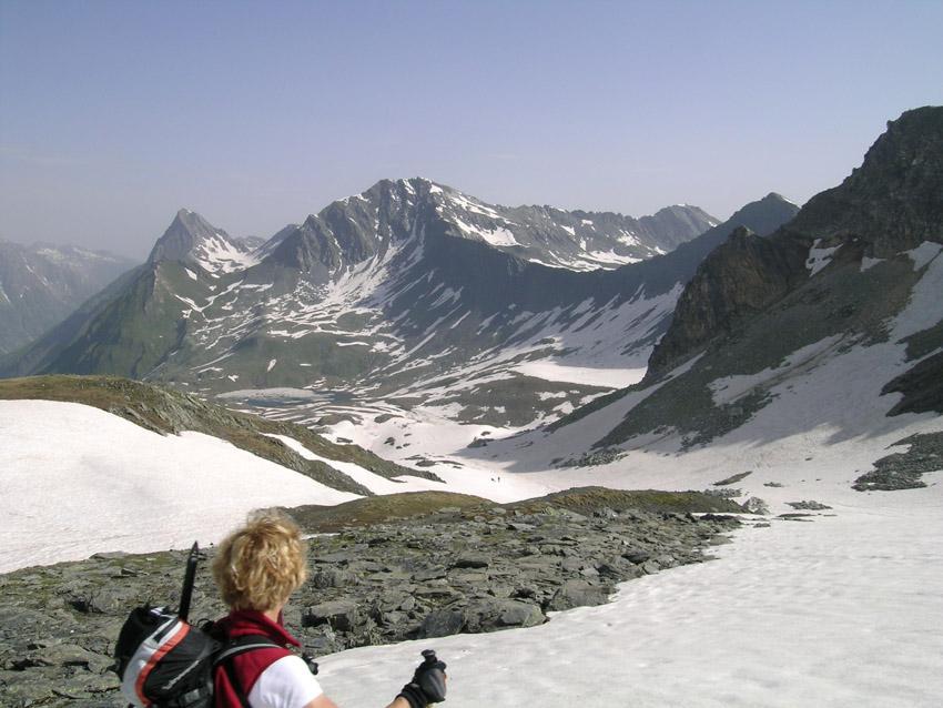 il vallone dei lacs de Fenetre cisto dalla tete de Fenetre