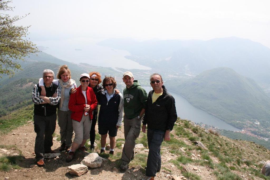 foto di vetta con il bellissimo panorama sui laghi