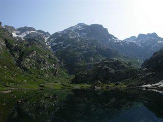 Il Monte Clapier dal Lac De La Fous e il Refuge Nice