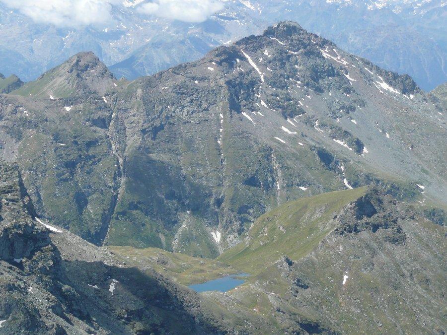Lago Perrin e corno Bussolaz.