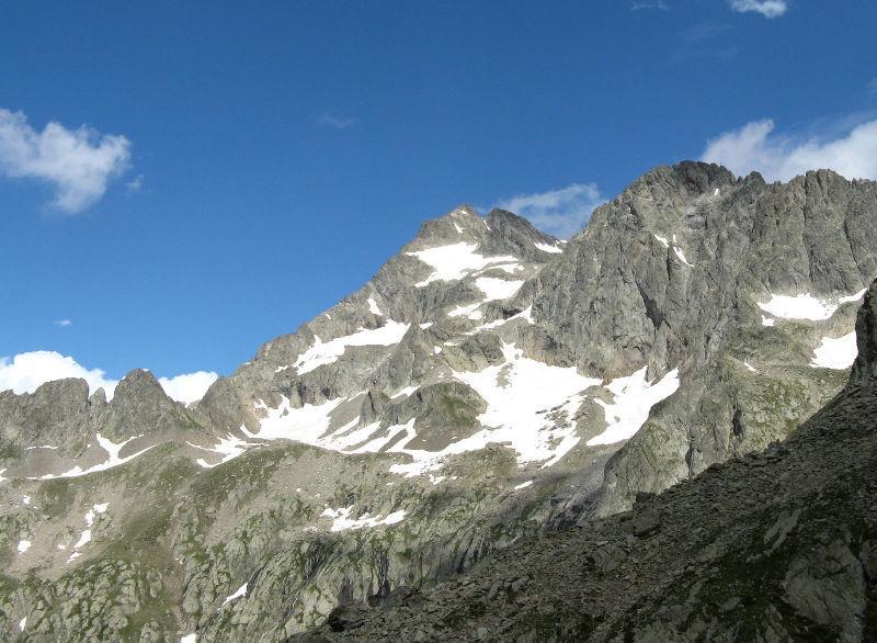 versante della via italiana al gelas dalla cima ovest di finestra