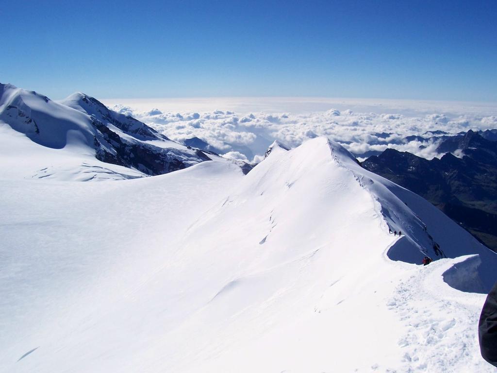 Cresta dalla Punta del Castore al Colle del Felix
