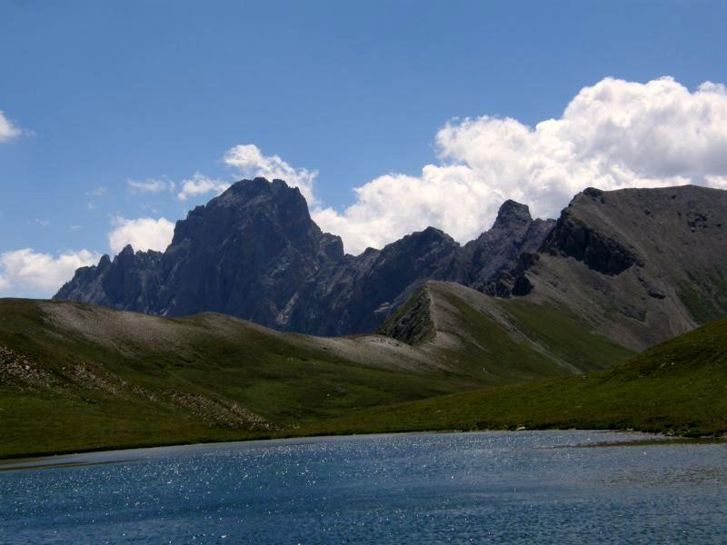 Oronaye e lago de la Reculaye