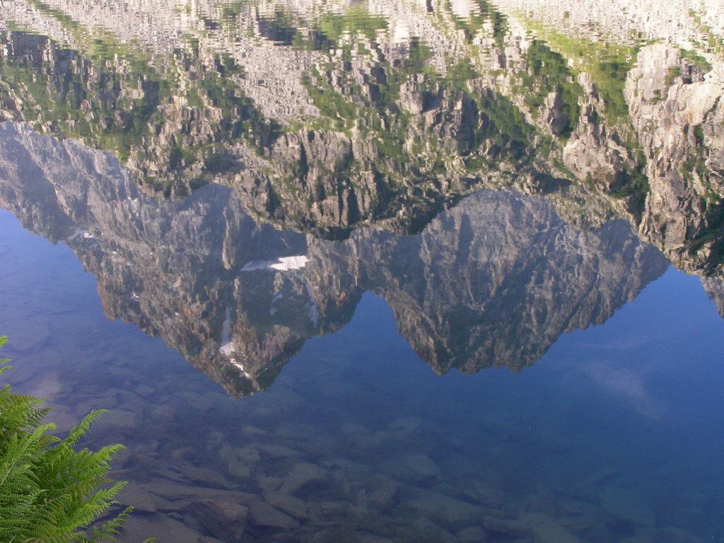 Il Viso si specchia nel Lago Fiorenza