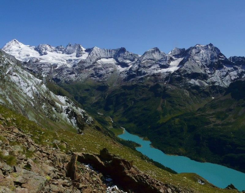 Lago di Place Moulin Dent d'Herens e Grandes Murailles