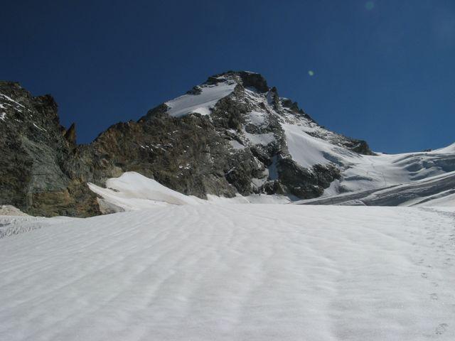 Herens (Dent d') Via Normale dalla Diga di Place Moulin per il Rifugio Aosta 2008-08-21