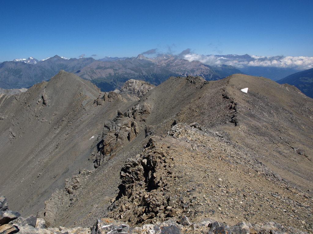La facile cresta, dalla Chalance Ronde ai Rocher Charniers