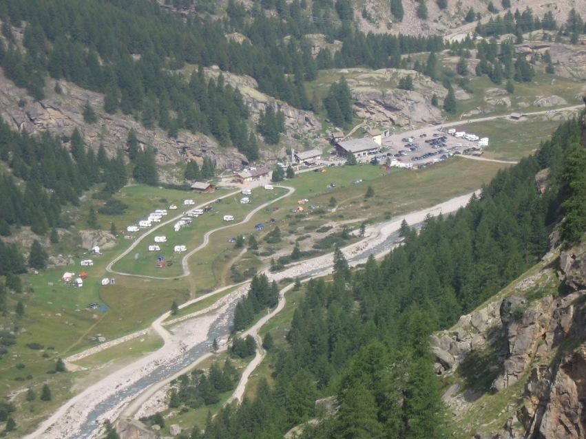 Parcheggio e camping a Pont Valsavarenche