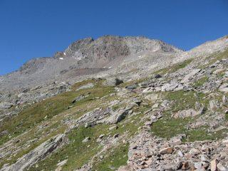 Il versante nord-est della Torre Lavina