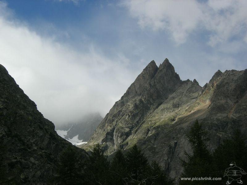 i Monts Rouges da Arnouva foto m.conti