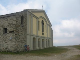 La chiesa del Colombardo