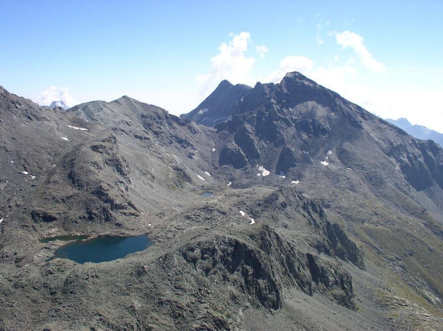 secondo giorno: lera sulè e laghi autaret dalla cima costan