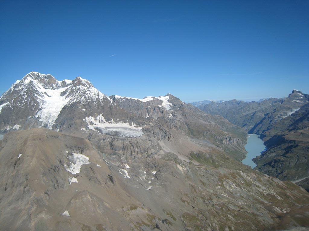 Gr.Combin e Lac de Mauvoisin dalla cima