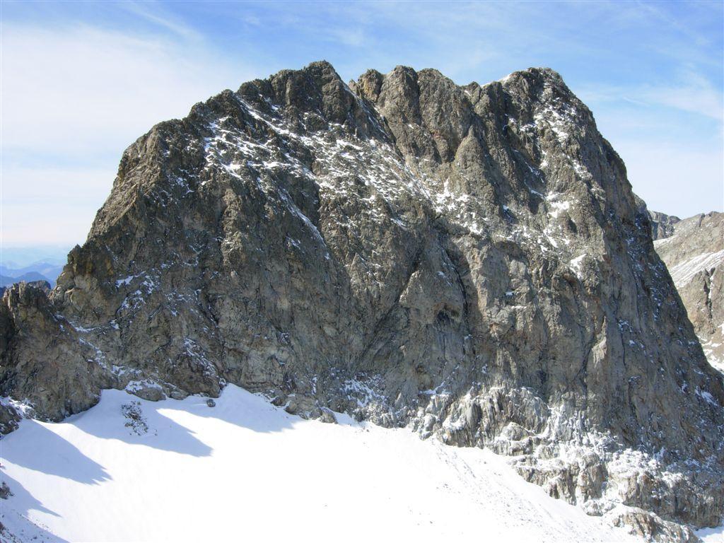 La parete est del Clapier con il ghiacciaio omonimo