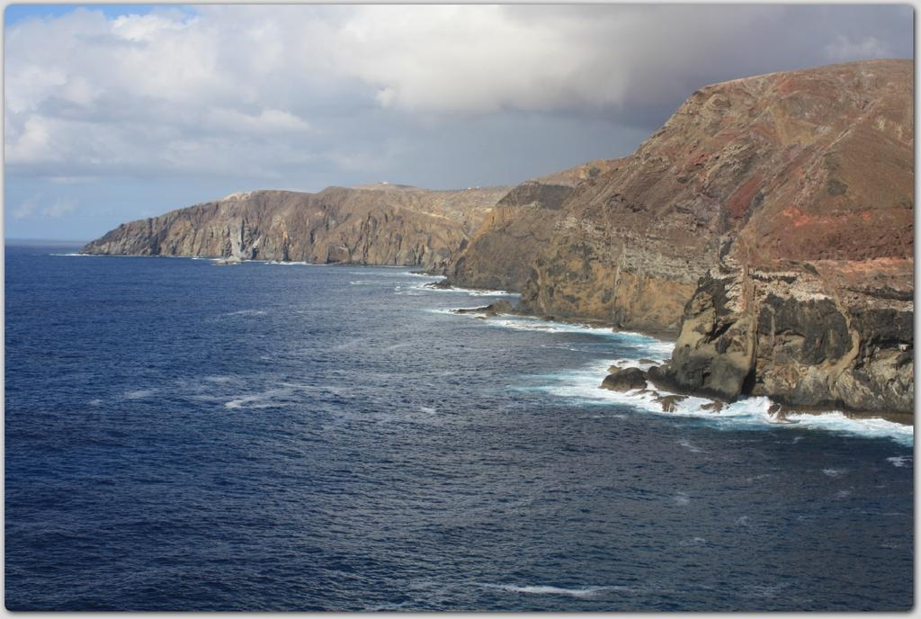 scogliere a nord dell'Isola