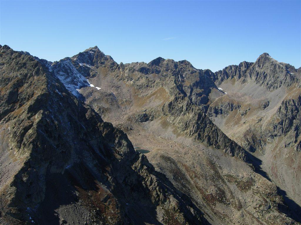 L'alto vallone d'Ischiator con P.Gioffredo, Corborant e Becco alto D'Ischiator