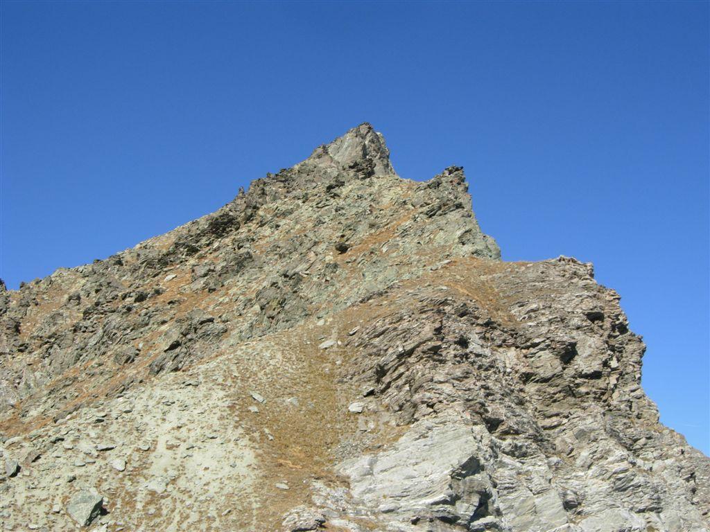 Il versante di salita dal colle Manzol
