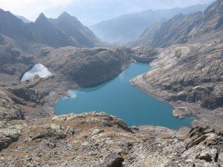 Il versante sud ed i laghi