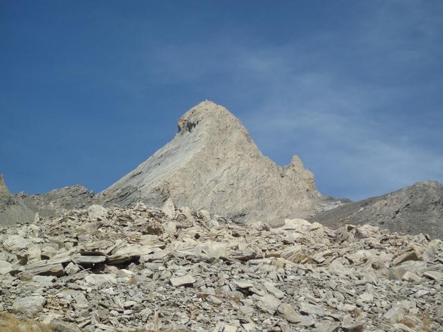 l'elegante piramide del Pic d'Asti