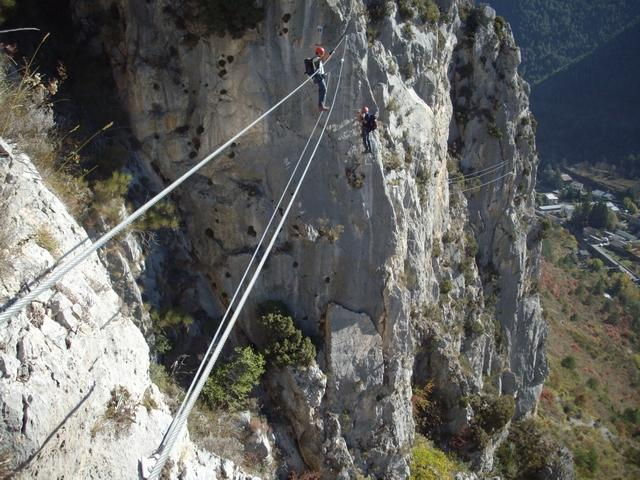 lungo ponte delle scimmie, faccia a valle!