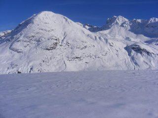 Cima a sx e vallone di salita sulladx