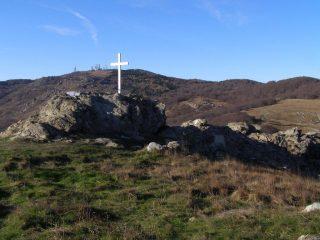 Corce del Monte Sciguello, con veduta sul Beigua