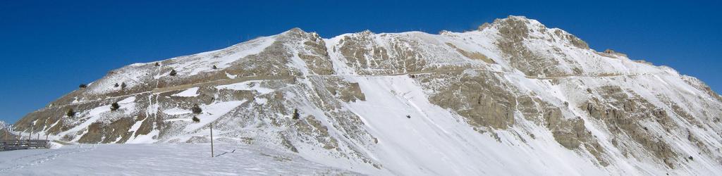 La cresta con la vetta dall'arrivo dello skilift
