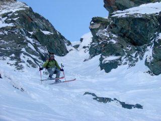 Alf, lo scivolatore totale, oggi con degli sci fat ma molto fat