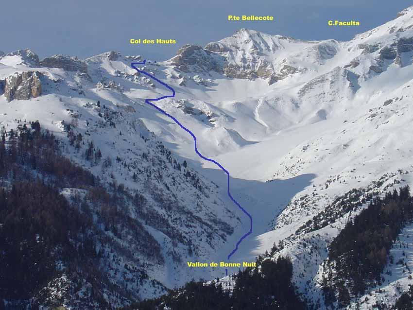 Vallone di discesa verso l'Adroit-Sollières
