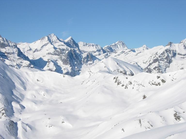 Le cime delle Valli di Lanzo dalla vetta.