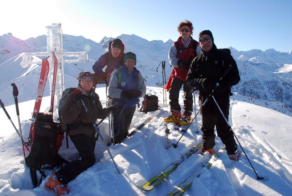 foto di gruppo in cima