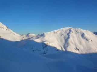 Gran Pays (2726m) e Col Léche (2588m) da appena sotto il Colle di Saint Barthelemy.