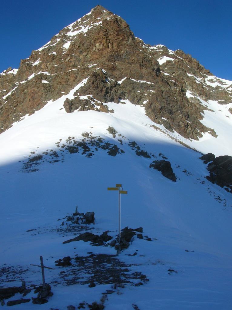 Colle (2590m) e Punta di Vameà (2685m).