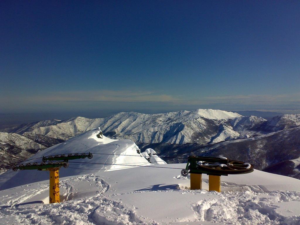old ski-lift in cima