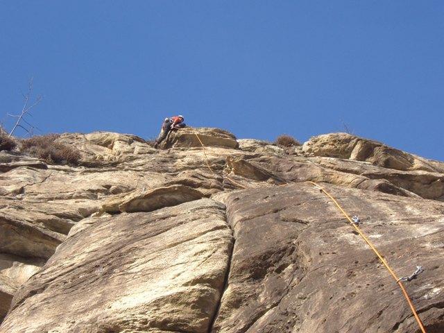 mARCOCLIMB SU UN BEL 6A DI 30 Mt.Su Buchetti&tacchette.
