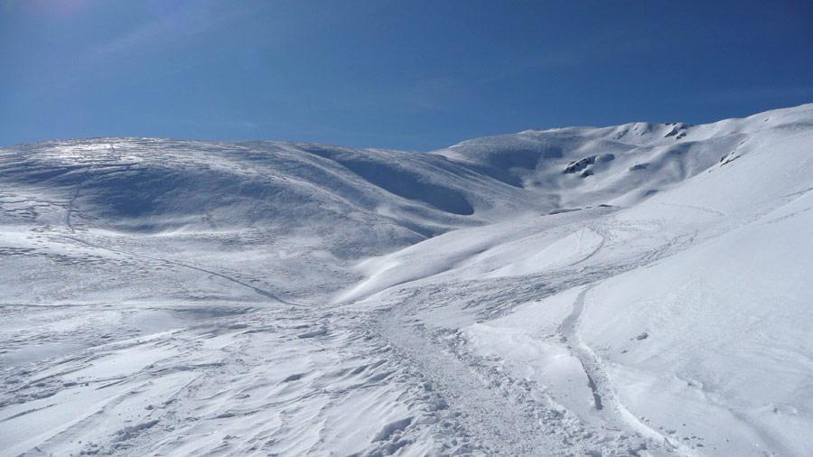 il costone di salita (sulla sx) dalla strada sotto l'alpeggio di P.Croesio