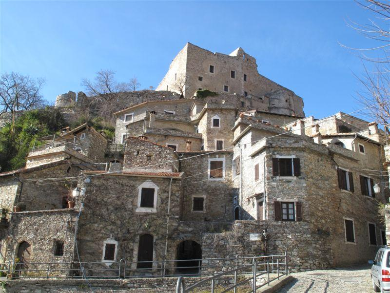 Erli, Castelvecchio di Rocca Barbena da Zuccarello, anello 2009-02-21