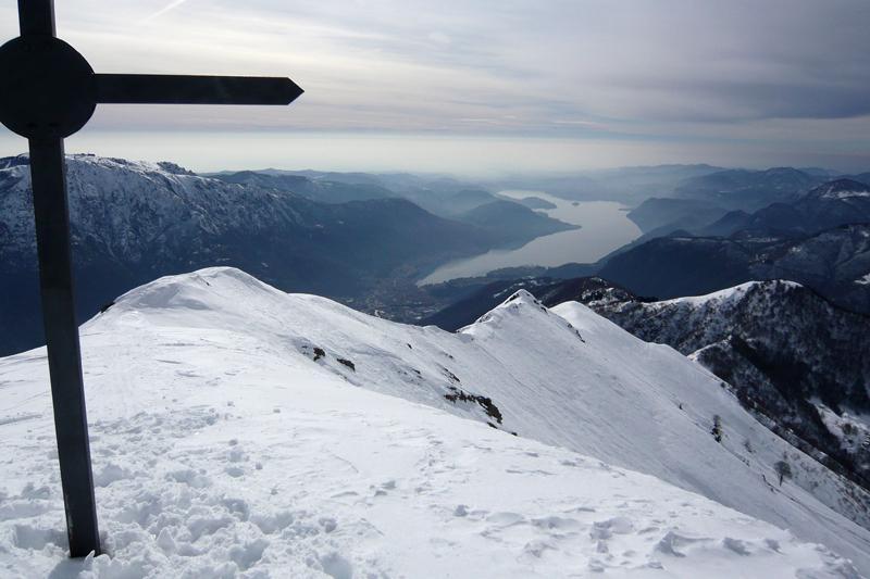 Il lago d'Orta dal Monte Cerano