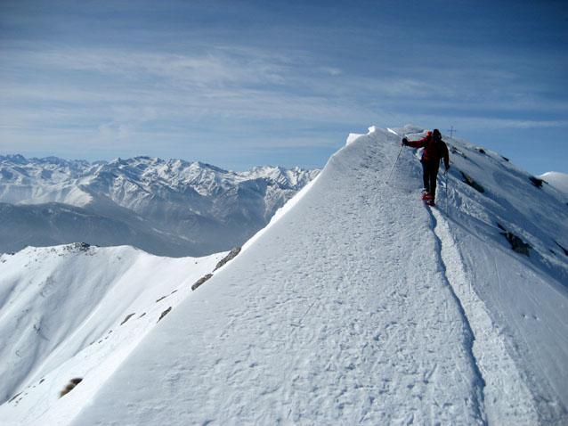Nicola sull'aerea cresta finale