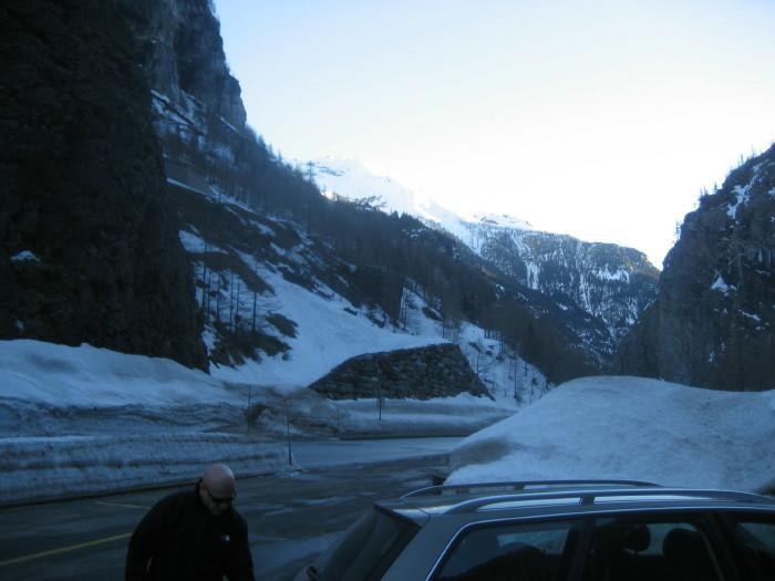 la punta Valfrande fotografata dal parcheggio di partenza