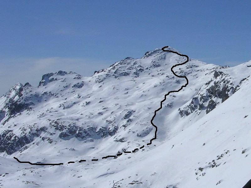 L'itinerario di salita dal pianoro del Lej Nair fino alla vetta