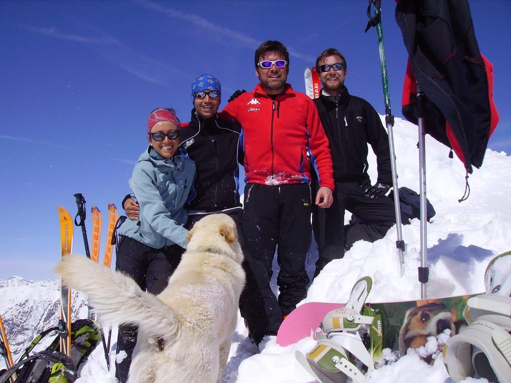 Ada, Gabry, Gigi, Lorenzo e Oby in punta.