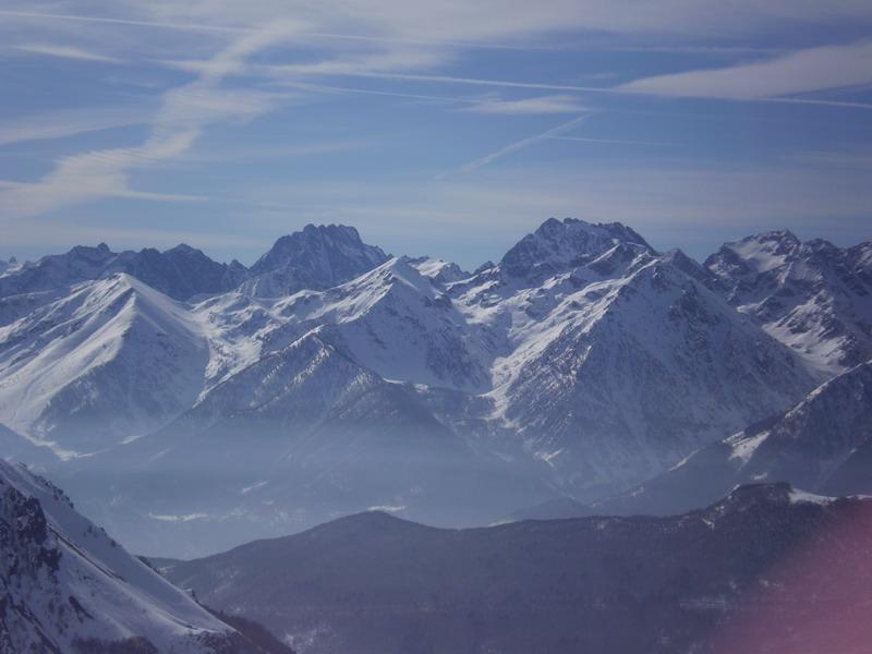 Il panorama sulla valle Gesso con il Lourusa
