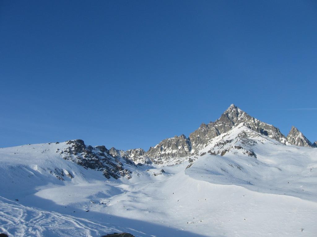 Rocca Nera e Viso Mozzo in primo piano