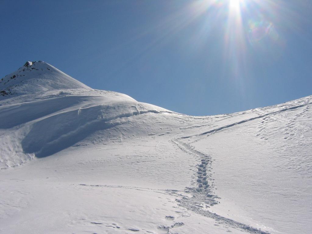 Colle di Falinere, si vede la cima Falinere ghiacciatissima