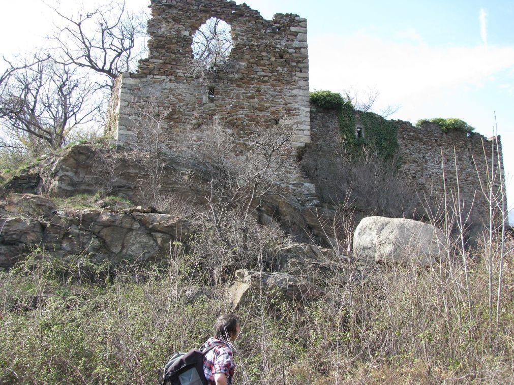 I ruderi del castello di Castruzzone